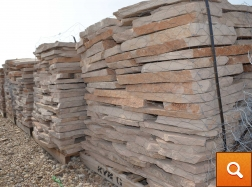 Buckskin Patio Pallet