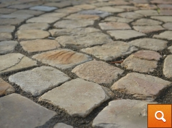 Sycamore Tumbled Pavers with Mainbrick